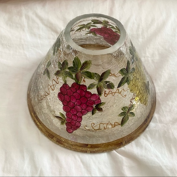 Yankee Candle Crackle Glass With Grapes Design